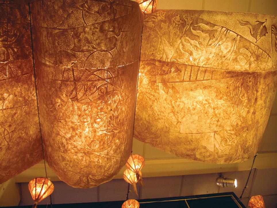 Đèn lồng đươc làm từ giấy trúc chỉ